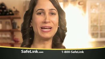 SafeLink TV Spot, 'Hijos' [Spanish] - Thumbnail 3