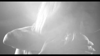 Burberry Brit Rhythm For Men and Women TV Spot - Thumbnail 6