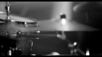 Burberry Brit Rhythm For Men and Women TV Spot - Thumbnail 7
