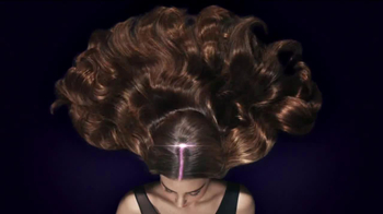 Clear Scalp & Hair TV Spot, 'Strength' Featuring Miranda Kerr - Thumbnail 8