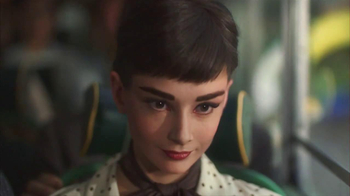 Dove Dark Chocolate TV Spot, 'Audrey Hepburn' - Thumbnail 5