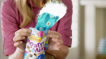 Friskies Party Mix Crunch Beachside TV Spot - Thumbnail 3