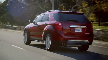 2014 Chevrolet Equinox with Siri Eyes Free TV Spot, 'The New Connected' - Thumbnail 6