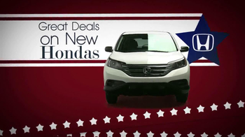 The Honda Presidents' Day Sales Event TV Spot, 'Commanding Offers' - Thumbnail 3