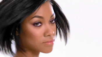 Dark and Lovely Healthy Gloss 5 TV Spot Featuring Bria Murphy - Thumbnail 7