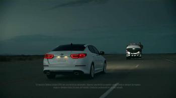 2014 Kia Optima TV Spot [Spanish] - Thumbnail 3