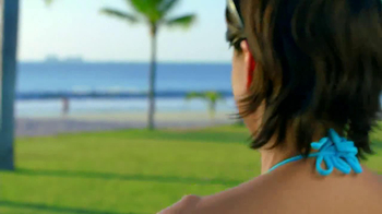 Amazon Kindle Paperwhite TV Spot, 'Poolside' Song by Cocoon - Thumbnail 3
