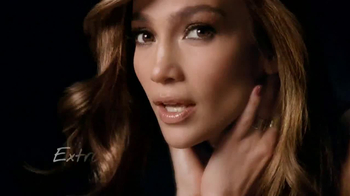 L'Oreal Paris Total Repair Extreme TV Spot Featuring Jennifer Lopez - Thumbnail 9