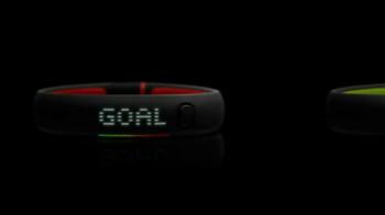 Nike+ Fuelband SE TV Spot, 'Goal' - Thumbnail 8