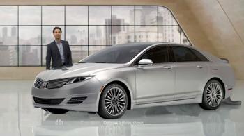 2014 Lincoln MKZ TV Spot, 'A Closer Look' - Thumbnail 3