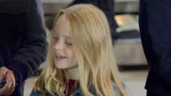 Delta Air Lines TV Spot, 'No Bag Left Behind' - Thumbnail 10