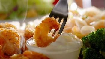 Red Lobster Endless Shrimp TV Spot, 'Sweet, Spicy, Savory' - Thumbnail 1