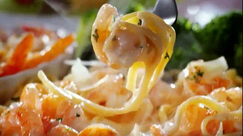 Red Lobster Endless Shrimp TV Spot, 'Sweet, Spicy, Savory' - Thumbnail 8