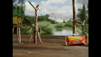 Nature Valley Crunchy TV Spot, 'Energy' - Thumbnail 4