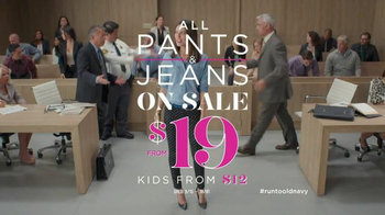 Old Navy TV Spot, 'Pixie Pants Get Their Day in Court' Feat. Amy Poehler - Thumbnail 9