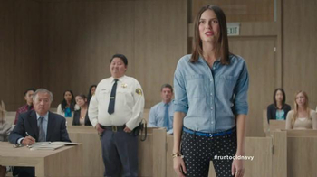Old Navy TV Spot, 'Pixie Pants Get Their Day in Court' Feat. Amy Poehler - Thumbnail 5