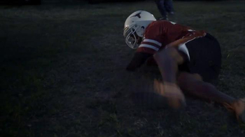 Nissan TV Spot, 'Heisman House: Backyard Football' Ft. Charles Woodson - Thumbnail 5