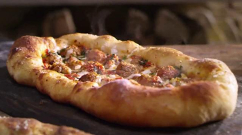 Romano's Macaroni Grill Fatbreads TV Spot, 'I Like Big Crusts' - Thumbnail 5