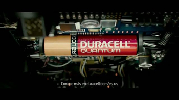 DURACELL Quantum TV Spot, 'NFL On the Line: The Seattle Seahawks' [Spanish] - Thumbnail 6