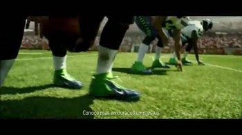 DURACELL Quantum TV Spot, 'NFL On the Line: The Seattle Seahawks' [Spanish] - Thumbnail 8