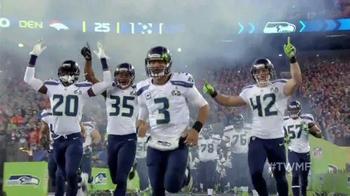 NFL TV Spot, 'Team Trip to the Super Bowl' - Thumbnail 4