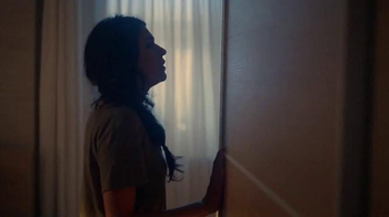 IKEA TV Spot, 'Morning Anthem: Bedrooms and Bathrooms' Song by Holly Maher - Thumbnail 3