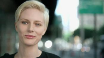 Olay Total Effects Pore Minimizing CC Cream TV Spot, 'Airbrush' - Thumbnail 1