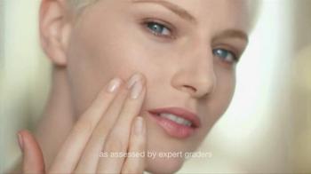 Olay Total Effects Pore Minimizing CC Cream TV Spot, 'Airbrush' - Thumbnail 6