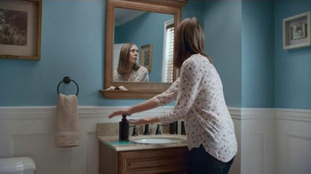 Lowe's TV Spot, 'How to Work Out the Triceps' - Thumbnail 5