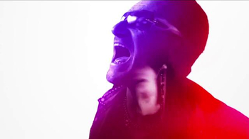 Apple iTunes TV Spot, 'Echoes' Featuring U2 - Thumbnail 6