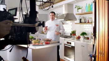 Hunt's Diced Tomatoes TV Spot, 'Fresh & Delicious Flavors' Ft. George Duran - Thumbnail 9