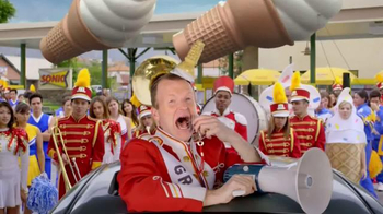Sonic Drive-In TV Spot, 'National Ice Cream Day: Parade' - Thumbnail 8