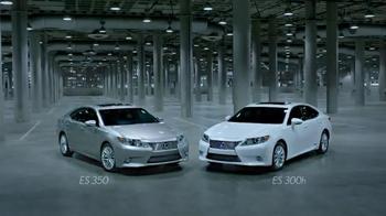2014 Lexus ES TV Spot, 'Remember' - Thumbnail 7