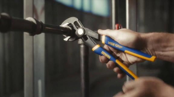 Irwin Vice Grip Curved Jaw Locking Pliers TV Spot, 'Hmm' - Thumbnail 5