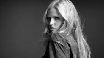 Calvin Klein Jeans TV Spot, '#mycalvins' Featuring Matt Terry, Lara Stone - Thumbnail 5