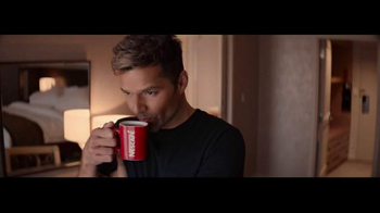 Nescafe Clásico TV Spot, 'Vive la Vida Bold' con Ricky Martin [Spanish]