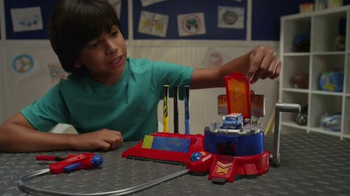 Hot Wheels Airbrush Auto Designer & Track Builder TV Spot - Thumbnail 2