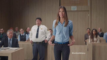 Old Navy TV Spot, 'Los Pantalones Pixie Van a la Corte' [Spanish] - 179 commercial airings
