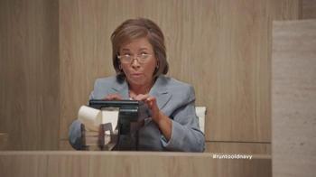 Old Navy TV Spot, 'Los Pantalones Pixie Van a la Corte' [Spanish] - Thumbnail 9