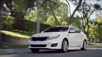 Kia Optima TV Spot, 'This Month Is All About Kia and the World Cup' - Thumbnail 7