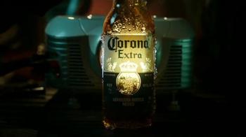 Corona Extra TV Spot, 'Balconio' [Spanish] - Thumbnail 5
