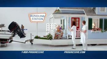 Progressive TV Spot, 'Airbrushed Fire Breathing Dragons' - Thumbnail 3