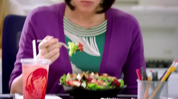 Wendy's Strawberry Fields Chicken Salad TV Spot, 'Summer in a Bowl' - Thumbnail 1