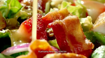 Wendy's Strawberry Fields Chicken Salad TV Spot, 'Summer in a Bowl' - Thumbnail 9