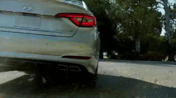 2015 Hyundai Sonata TV Spot, 'Family Racer' Song by Joan Jett - Thumbnail 5
