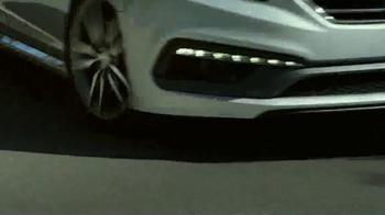 2015 Hyundai Sonata TV Spot, 'Family Racer' Song by Joan Jett - Thumbnail 6