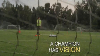 5 Hour Energy TV Spot, 'Are Champions Made or Born' Featuring Oribe Peralta - Thumbnail 3