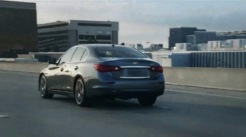Infiniti Q50 TV Spot, 'Distracted Driving' - Thumbnail 6
