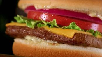 Wendy's Steakhouse Jr. Cheeseburger Deluxe TV Spot, 'Celebrar' [Spanish] - Thumbnail 7