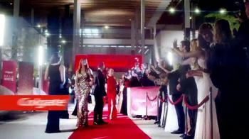 Colgate Optic White Platinum TV Spot Con Leslie Grace [Spanish] - Thumbnail 1